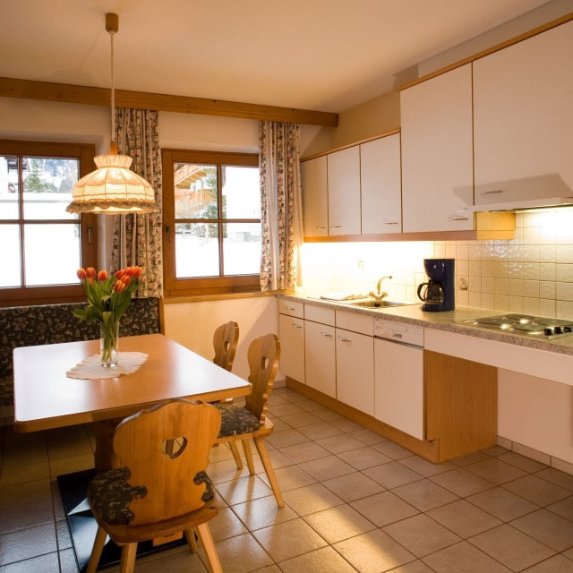 Küche Appartement Tirol